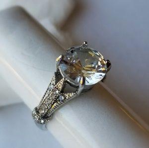 Luxury fashion ring